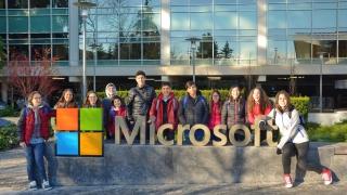 Los Mega Programadores disfrutaron de una jornada educativa en Microsoft
