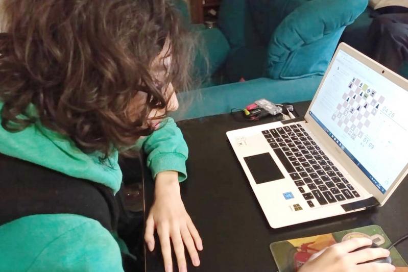 Más de 100 escuelas entrenan online para participar en los intercolegiales
