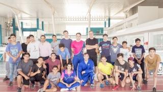 La Escuela Generativa Multicultural de Ajedrez pasó por el Campus