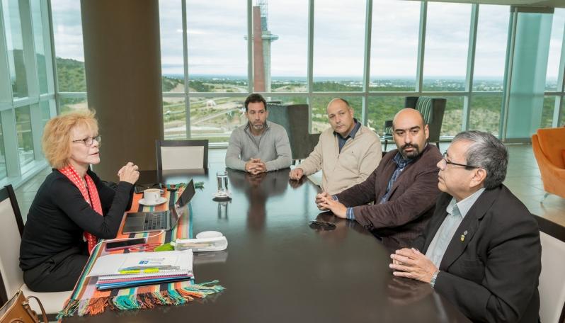 Una comitiva de Río Negro visitó la provincia para conocer sobre la innovación tecnológica en salud