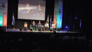 Escuelas Públicas Digitales: el exitoso modelo educativo contado por sus protagonistas