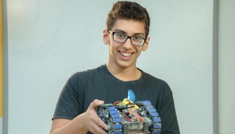 """""""La robótica me enseñó que cuando algo te apasiona, con esfuerzo y muchas ganas se puede lograr todo"""""""