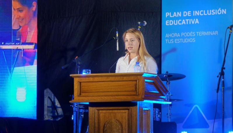 El mensaje de una egresada del Plan 20/30 a los alumnos del PIE