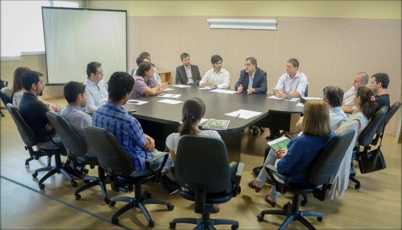 Fernando Salino recibió a representantes de la Cámara de Industria de Software
