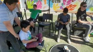 Los niños del Barrio 131 Viviendas disfrutaron de una jornada de ciencia y cine