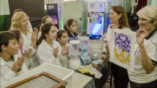 El taller de Reciclado y el Planetario Inflable desembarcan en una nueva escuela puntana