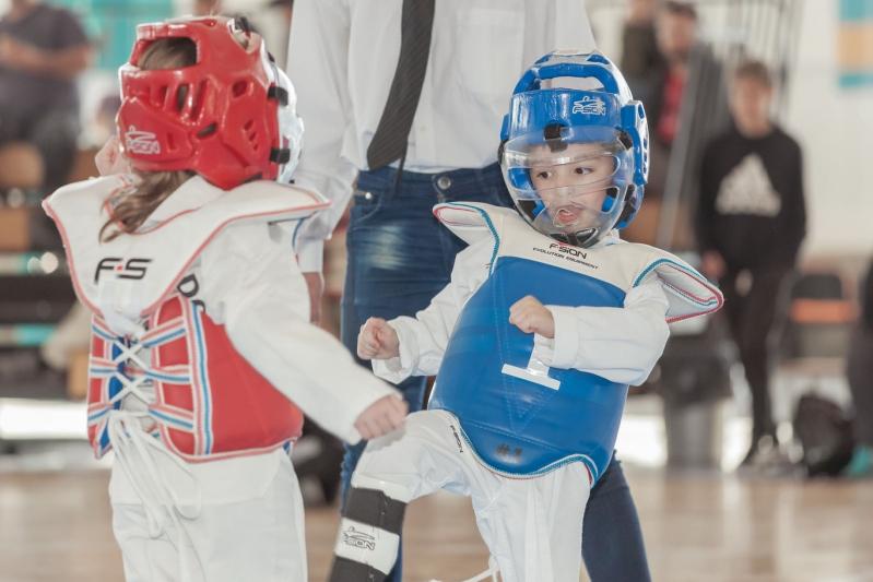 El TK3 de taekwondo reunió a los pequeños en el Campus de la ULP