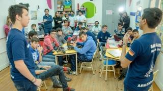 Los ganadores del Mundial de Robótica volvieron  a los talleres de alta competencia de la ULP