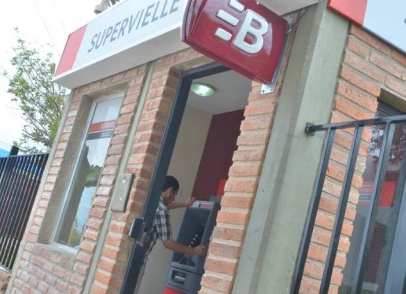 Últimos días para retirar las tarjetas de débito del PIE
