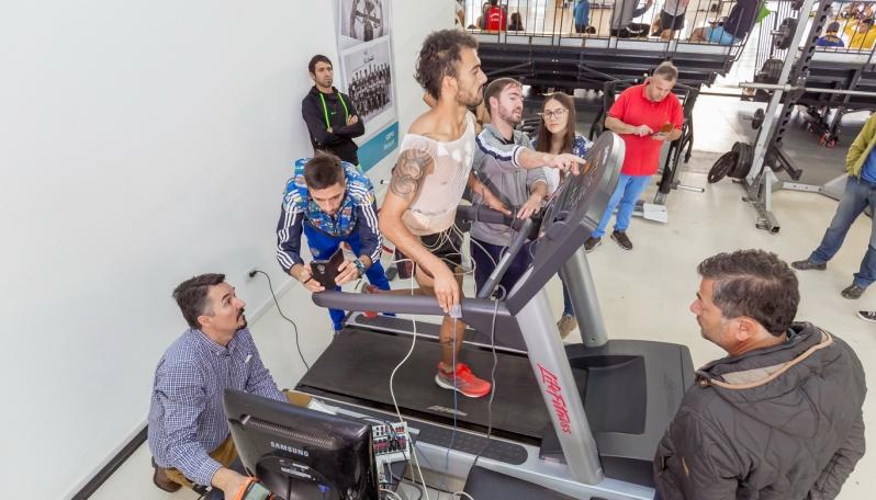 Leandro Paris fue evaluado con tecnología de avanzada en el Campus Abierto de la ULP