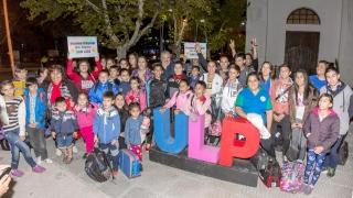 Alumnos de escuelas de distintos parajes viajan a conocer Buenos Aires