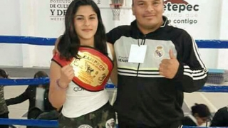 """Kick boxing: Yaselié """"La Gitana"""" Ramírez festejó en México"""