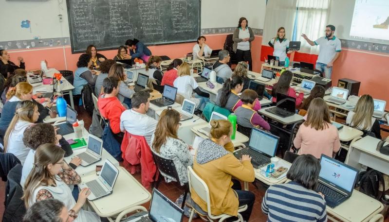 La ULP capacitó a más de 100 docentes en programación