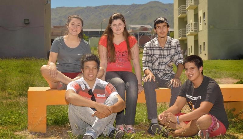 Estudio, compañerismo y entusiasmo en el campus de la ULP