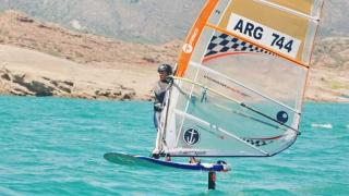 Adriano Nick está listo para zarpar en Puerto Madryn