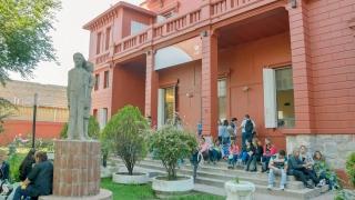 """El Instituto de Idiomas lanza el curso """"Auxiliar para personas con discapacidad visual"""""""