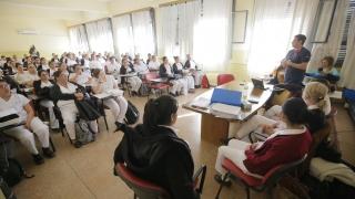 Alumnos de la Licenciatura en Enfermería hicieron sus primeras prácticas en el hospital