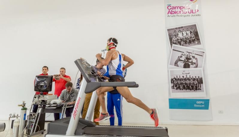 Leandro Paris prepara sus últimas dos competencias del año