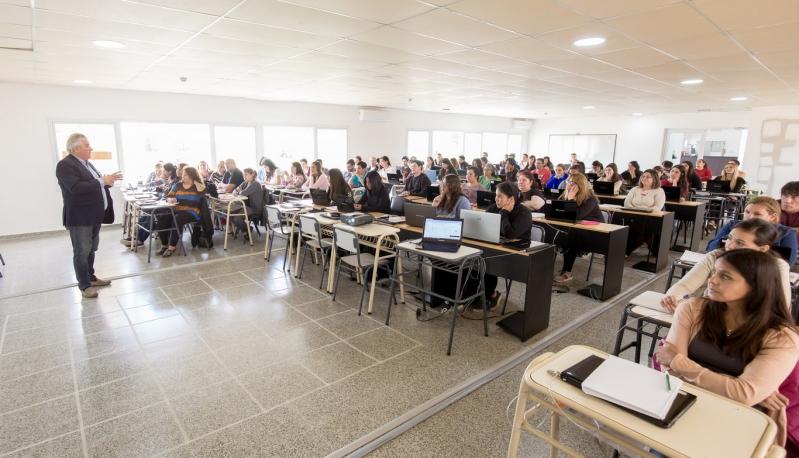 Récord de inscripciones en carreras tecnológicas en la Universidad de La Punta