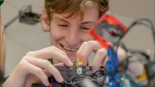 La Robótica llega al interior provincial con talleres recreativos