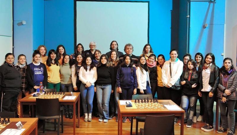 Gran inicio de las representantes puntanas en el Campeonato Femenino Argentino