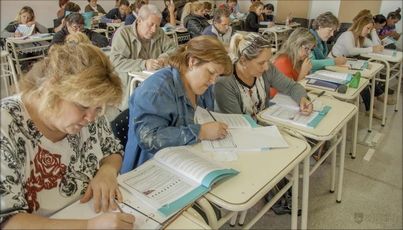 Alumnos del PIE se animaron al desafío y mañana rinden la etapa Provincial