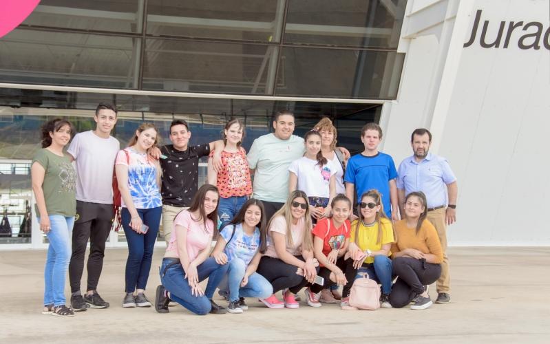 Alumnos de Arizona recorrieron la Universidad de La Punta