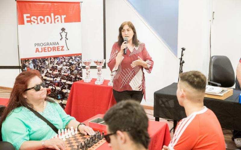 """Con gran expectativa comenzó el torneo de ajedrez """"Héctor Lucero"""""""