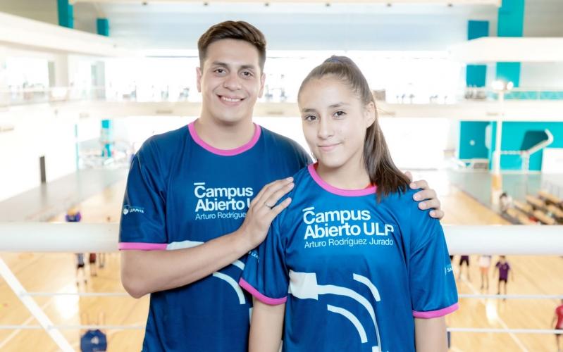 La joven luchadora Priscila Romero, de la ULP a la Selección