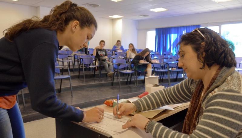 Los docentes que se sumen al certamen podrán participar por puntaje y estampillas de ahorro