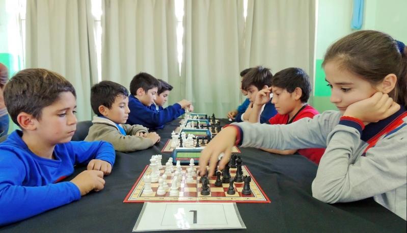 Alumnos de todo San Luis desplegaron su talento en un torneo interescolar de ajedrez