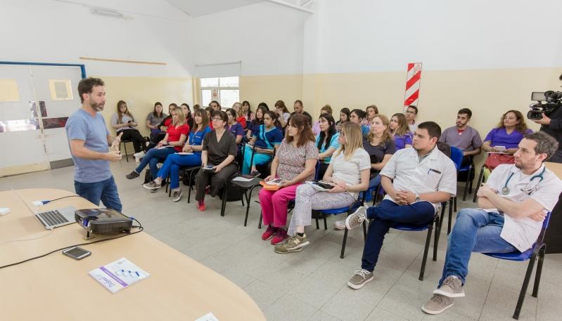 """Agentes Sanitarios se capacitaron en la utilización de la aplicación """"Ramón Carillo"""""""