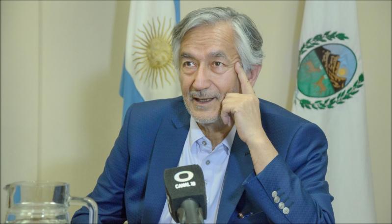 """Alberto Rodríguez Saá: """"Vamos a crear el Ministerio de Ciencia y Tecnología"""""""