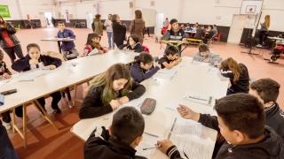 """Alumnos de la escuela """"Corazón Victoria"""" rindieron la Evaluación de Calidad Educativa"""