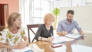 La Provincia firmó un convenio con el Hospital Italiano para capacitar en cirugía asistida por computadora
