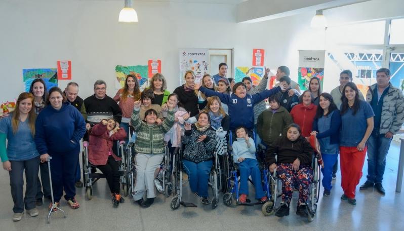 """Los chicos del Centro de Día """"La Esperanza"""" participaron de los talleres de la ULP"""