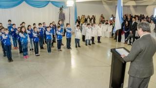 En un emotivo acto, alumnos de las EPD prometieron lealtad a la Bandera Argentina