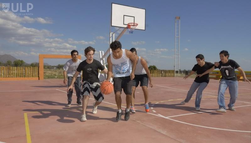 Recreación y deporte para los alumnos de la ULP