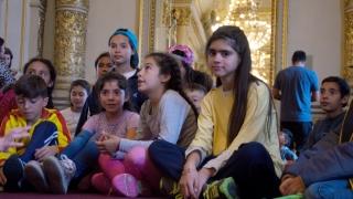 En un nuevo viaje educativo, alumnos de Juana Koslay conocieron el imponente Teatro Colón