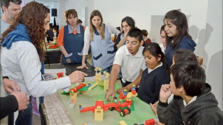 Docentes de escuelas especiales se capacitan en Robótica