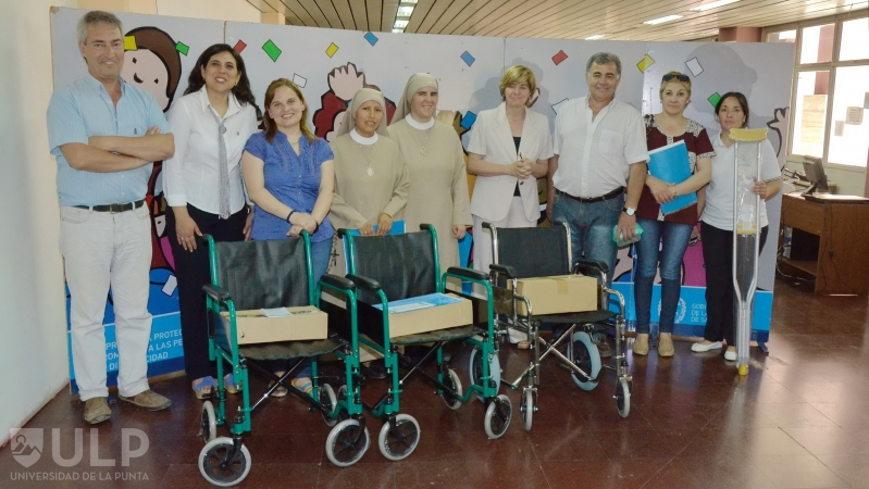 La ULP recibió equipamiento para personas con capacidades diferentes