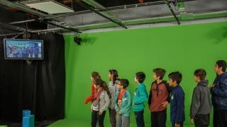 En el cierre de los talleres, los chicos  vivieron su primera experiencia televisiva