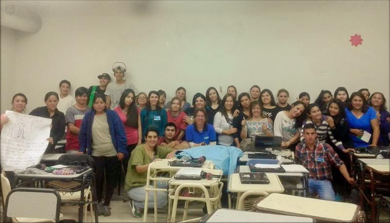 Alumnos del PIE participan en talleres de Salud y aprenden sobre medidas preventivas