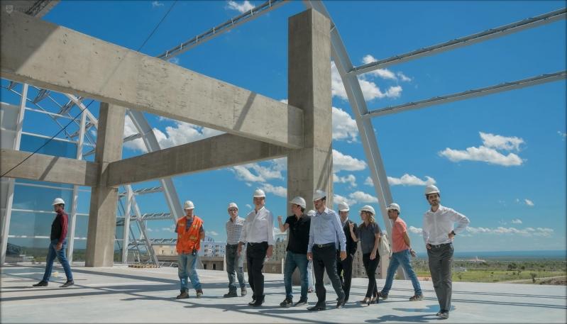 Autoridades de la ULP visitaron el imponente Centro de Alto Rendimiento Deportivo