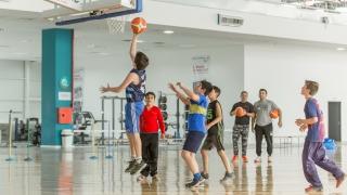Más de trescientos niños participarán este sábado de un encuentro de mini básquet
