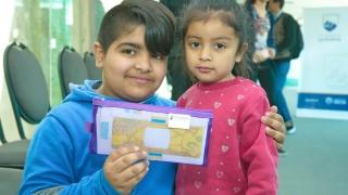 Inició la entrega de Foldscopes para alumnos villamercedinos