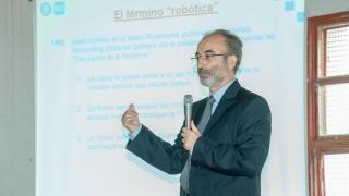 """""""Me impresiona el esfuerzo y los medios que tiene San Luis para llevar a cabo la robótica"""""""