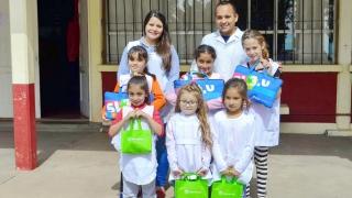 Más de 430 dispositivos entregados a alumnos, docentes y jubilados de parajes y el interior