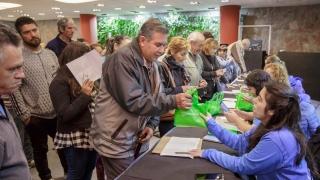 Más de trescientos adultos mayores recibieron sus tabletas en Terrazas