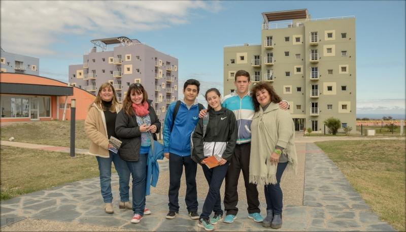 Pensando a futuro: los chicos de la Escuela Nº 5  Bartolomé Mitre conocieron el campus de la ULP
